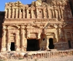 royal-tombs