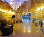 Chandeliers for Vientiane's nouveau-riche
