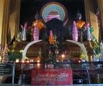 The altar at Wat Simuang