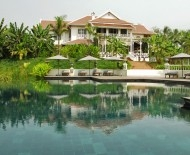 The Luang Say Residence's swimming pool