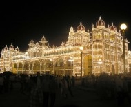 Maharaja's palace in Mysore, it up at night